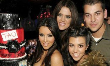 Πισώπλατη μαχαιριά: Ο αδερφός των Kardashians έχει προκαλέσει πανικό με τη νέα του σχέση