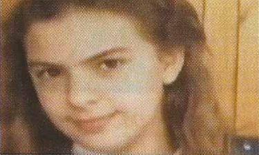 Είναι διάσημη Ελληνίδα παρουσιάστρια & για πρώτη φορά βλέπουμε παιδικές της φωτογραφίες