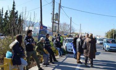 Κως: Οργή κατά Καμμένου – Κάτοικοι δεν άφησαν το ελικόπτερο που τον μετέφερε να προσγειωθεί (pics)