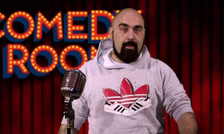 Σταμάτης Din Dan Done: «Ήμουν ο χοντρούλης της παρέας που έκανε τα αστεία»