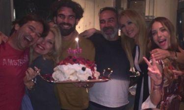 Ελένη Μενεγάκη-Ματέο Παντζόπουλος: Φωτογραφίες από το πάρτι για την πρώτη τους επέτειο!