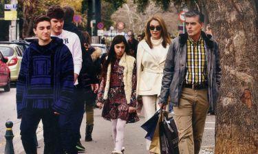 Στεφανίδου-Ευαγγελάτος: Οικογενειακή βόλτα στην Κηφισιά