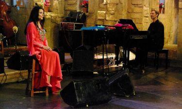Η Ζωζώ Σαπουντζάκη στην εκπομπή «Στην υγειά μας ρε παιδιά»