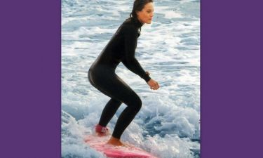 Ελεονώρα Μελέτη: «Δαμάζει» τα κύματα
