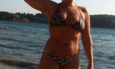 Ελληνίδα ηθοποιός έκανε μπάνιο στη θάλασσα και πόσταρε αρετουσάριστη φωτογραφία στο Instagram