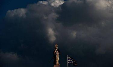 Χρεοκοπία της Ελλάδας τον Μάρτιο βλέπει το Spiegel