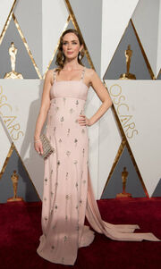 Oscars 2016: Η πρώτη της δημόσια εμφάνιση μετά την ανακοίνωση ότι είναι έγκυος