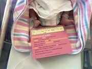 Γρίμπιλας: Γέννησε δίδυμα η σύζυγός του - Οι συγκινητικές φωτογραφίες από το μαιευτήριο