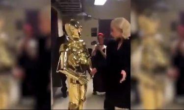 Όταν η Gaga συνάντησε τον C3PO