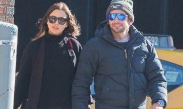 Η Irina Shayk «έφαγε άκυρο»: Δείτε τον Bradley Cooper με τη νέα διάσημη αγαπημένη του