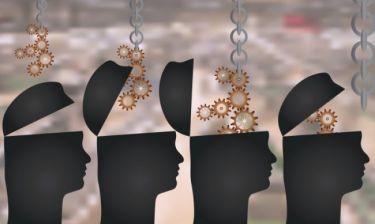 Οι επιστήμονες ανακάλυψαν πώς να «φορτώνουν» γνώσεις στον εγκέφαλο