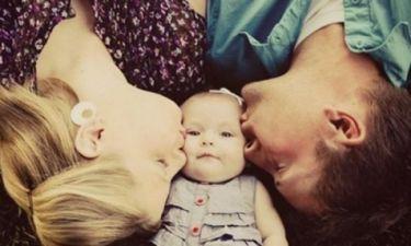 Τι γνωρίζετε για τη φροντίδα του παιδιού βάσει του Attachment Parenting;