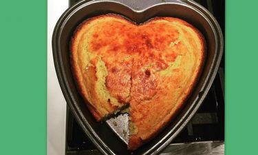 Σέξι..ταλαντούχα αλλά και νοικοκυρά! Ποια ηθοποιός έφτιαξε το κέικ σε σχήμα καρδιάς;