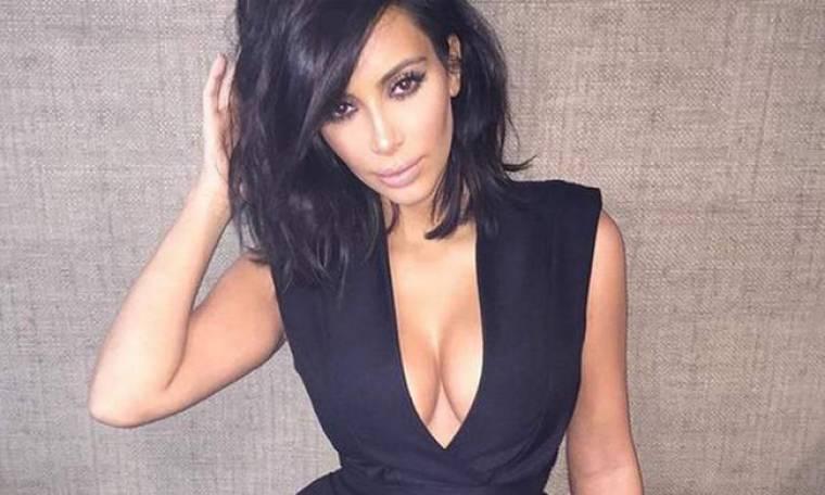 Μετά την Kim Kardashian κι άλλη καλλονή ποζάρει γυμνή στα social media