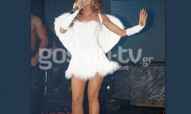 Σέξι «άγγελος» στην πίστα η...