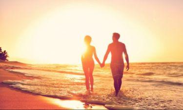 Ο ψυχολόγος αποδομεί 4 παραδοσιακούς «νόμους της ερωτικής έλξης»