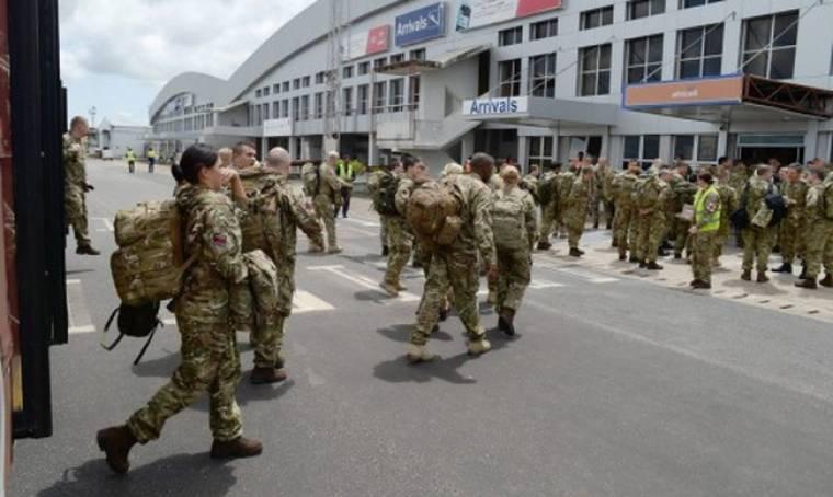 Αποτροπιασμός στο σώμα Φρουρών της Βασίλισσας. Στρατιώτες αναγκάστηκαν να βιάσουν ο ένας τον άλλο