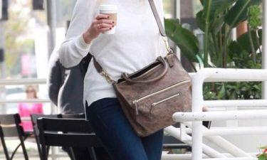 Επιτέλους! Η σταρ περιμένει το πρώτο της παιδάκι στα 43 της χρόνια