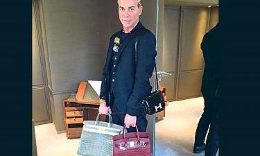 Λάκης Γαβαλάς: Yπογράφει ξανά τις τσάντες Hermès