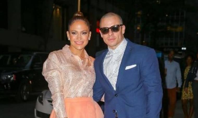Η Jennifer Lopez και ο Casper Smart χωρίζουν για τον πιο απίστευτο λόγο