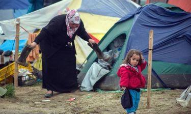 Σε απόγνωση οι πρόσφυγες στην Ειδομένη