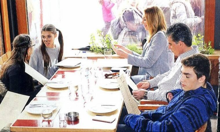 Στεφανίδου-Ευαγγελάτος: Στη Χαλκίδα με τα παιδιά τους