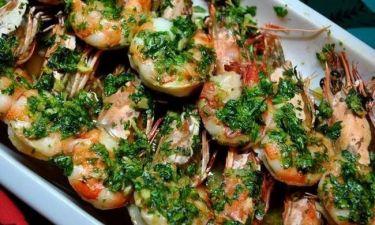Νοστιμότατες γαρίδες με σκορδόλαδο