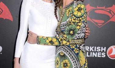 Η διάσημη μαμά και η κόρη της είναι ολόιδιες!