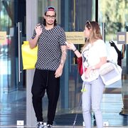 Ο Sebastian Leto για ψώνια με την σύντροφό του