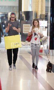Για ψώνια με την σύντροφό του ο Sebastian Leto