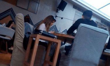 Ελληνίδα τραγουδίστρα σε έξοδο με ποδοσφαιριστή του ΠΑΟΚ! Τι συμβαίνει;