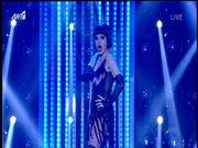 Η σέξι μεταμφίεση της Αποστολίας Ζώη σε Catherine Zeta-Jones και το «ατύχημα» on air