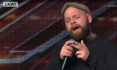 Πρώην άστεγος, μουσικός του δρόμου στο X-Factor συγκλόνισε τους κριτές!