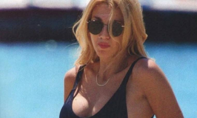 Η Κωνσταντίνα Σπυροπούλου πήγε στην παραλία!  (φωτό)