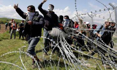 Ειδομένη: Σκοπιανοί γάζωσαν γυναικόπαιδα με σφαίρες καουτσούκ - Σε εξέλιξη τα επεισόδια (photo)
