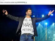 Παντελίδης: Η νέα φωτοιγραφία του αδερφού του στο facebook και το μπλουζάκι: «όλοι κάνουμε λάθη»