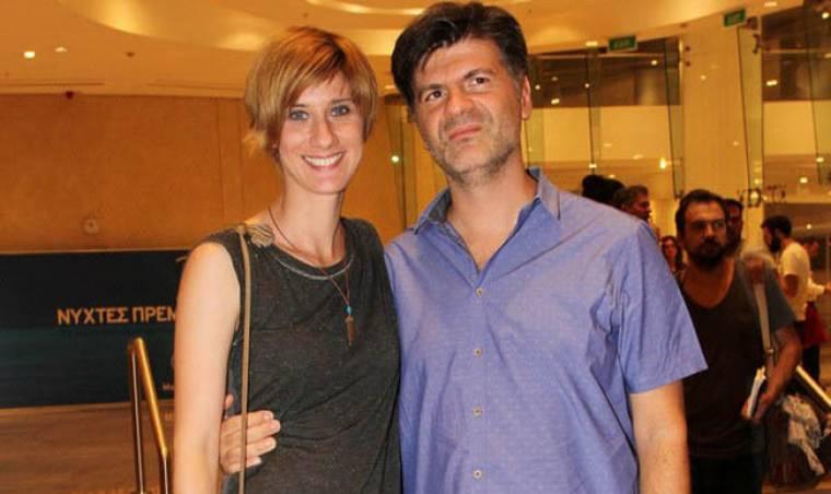 Φοίβος Δεληβοριάς: Στο βίντεο κλιπ με τη γυναίκα του