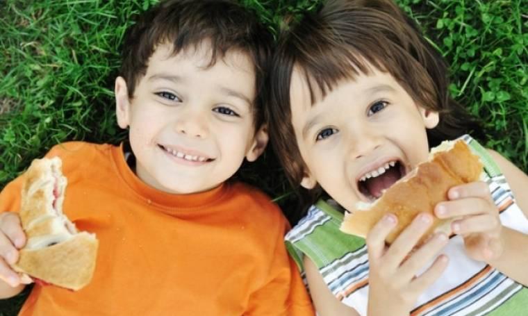 5 κανόνες για να αγαπήσει το παιδί σας την υγιεινή διατροφή