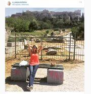 Έλενα Παπαβασιλείου: Κυριακάτικη βόλτα στην παλιά Αθήνα