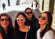 Πόπη Τσαπανίδου: Με τις κόρες της στη Ρώμη