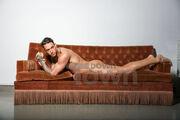 Γιώργος Καραβάκης: Χαμός με τη γυμνή φωτογράφιση του «αγοριού» της Δημητρίου