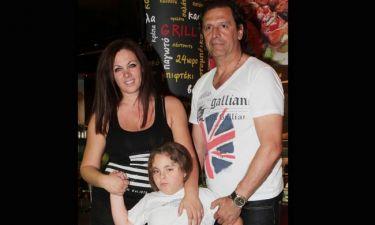 Τάσος Μητρόπουλος: Το συγκλονιστικό τατουάζ του με τη Νένα και τον μικρό Χρήστο! (φωτό)