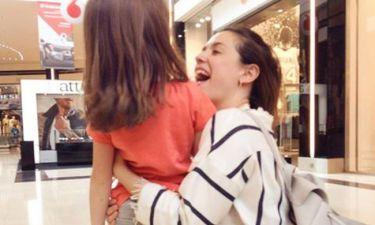 Εύα Αντωνοπούλου: Με την βαφτιστήρα της για ψώνια