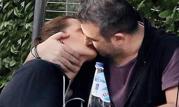 Ρέμος-Μπόσνιακ: Καυτά φιλιά μπροστά στον φακό - Πιο εκδηλωτικοί από ποτέ