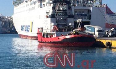 Νέες έρευνες στη… μισοβυθισμένη «Παναγιά Τήνου» στο λιμάνι