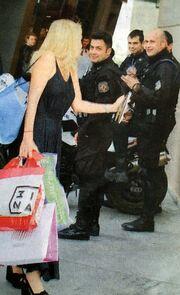 Τι ζήτησε η Ελένη Μενεγάκη από τους αστυνομικούς της ομάδας ΔΙΑΣ;