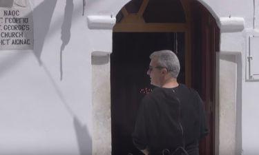 Χατζηνικολάου-Τσολακάκη: Θρησκευτική κατάνυξη και οικογενειακές βόλτες στη Μύκονο