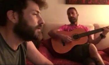 Δείτε τον «Σέργιο» από τα «Δίδυμα φεγγάρια» να τραγουδάει Παντελίδη