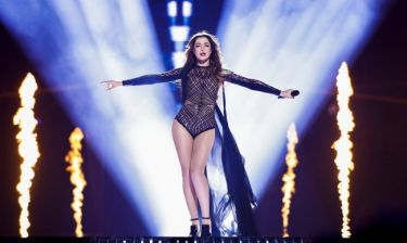 Eurovision 2016: Αρμενία: Σέξι με μαύρο δαντελένιο κορμάκι