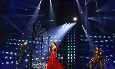 Eurovision 2016:  Βοσνία  Ερζεγοβίνη:  Ένα τείχος από συρματοπλέγματα on stage